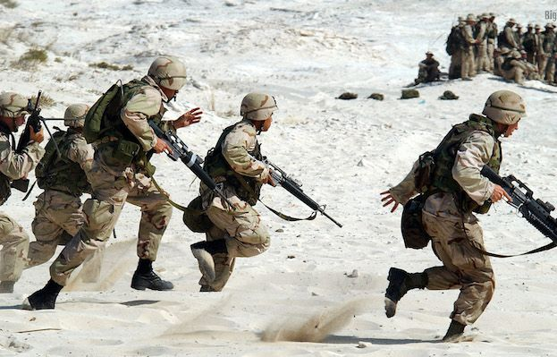Military-Men-Running-compressor.jpg
