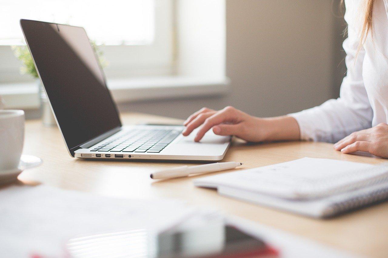 woman-using-laptop-computer